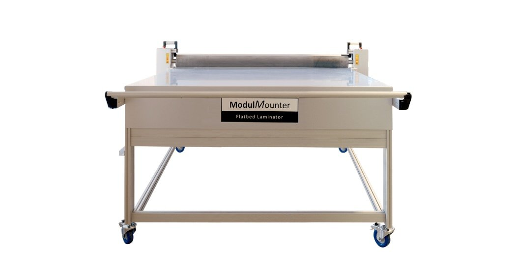 A Modul Mounter Laminator machine